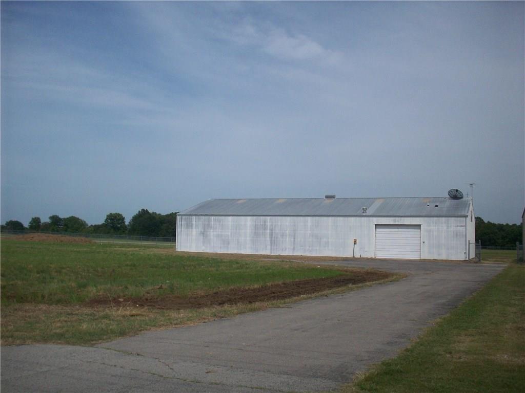 1650 S Kerr BLVD, Sallisaw, OK 74955