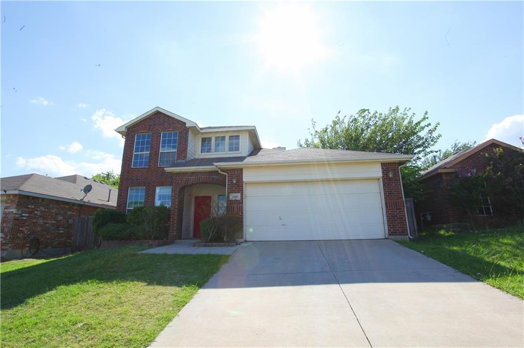 4805 Barnhill Lane, Fort Worth, TX 76135