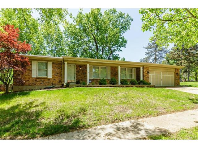 9928 Canterleigh, St Louis, MO 63123