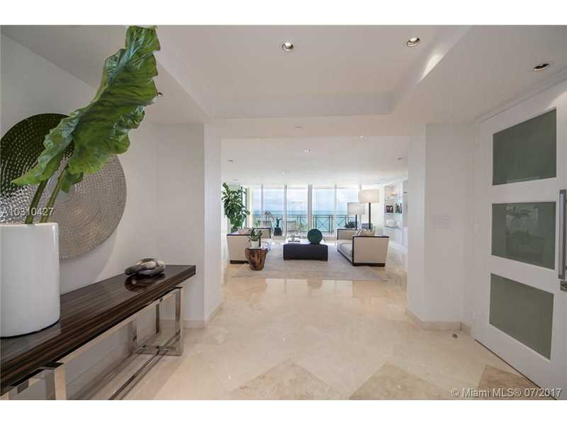 430 Grand Bay Dr 502, Key Biscayne, FL 33149