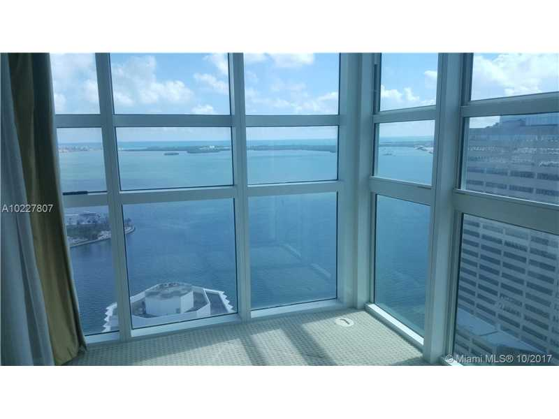 950 Brickell Bay Dr 3611, Miami, FL 33131