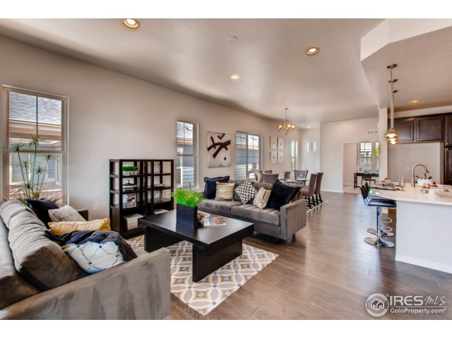 4525 Angelina Cir, Longmont, CO 80503