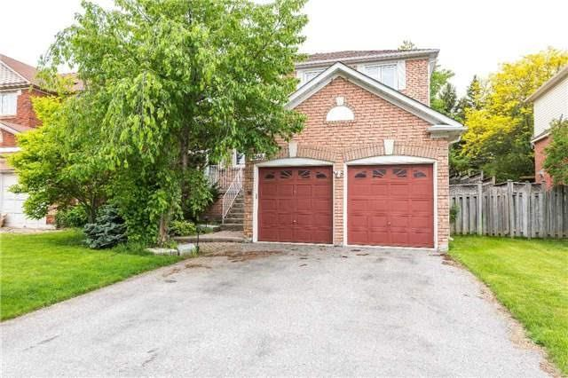 2348 Meriadoc Dr, Pickering, ON L1X 2T1