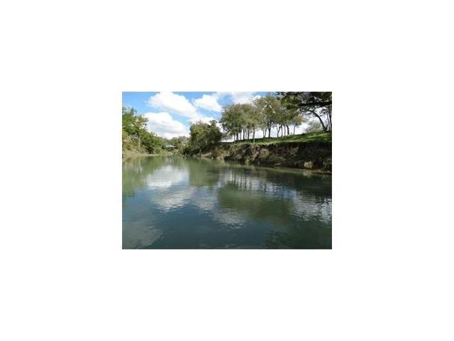 4194 Se River Rd, Martindale, TX 78655
