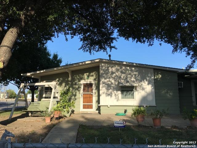 10 WHITMAN AVE, San Antonio, TX 78211