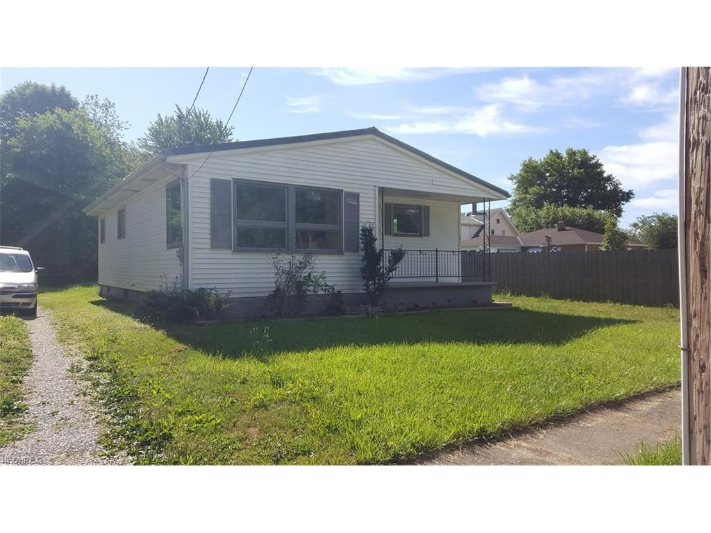 1032 Allen Ave, Saybrook, OH 44004