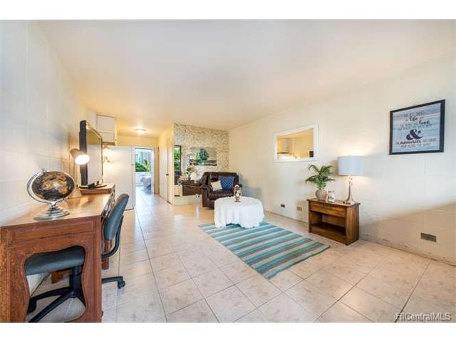 425 Ena Road 402A, Honolulu, HI 96815