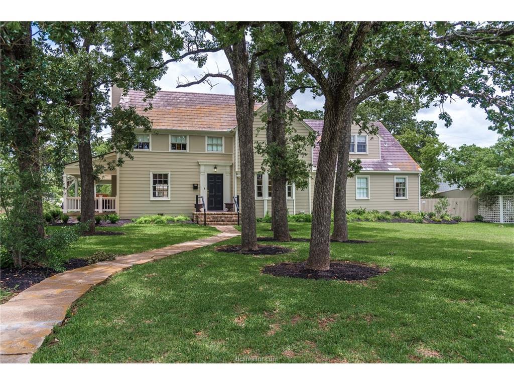 301 Suffolk Avenue, College Station, TX 77840