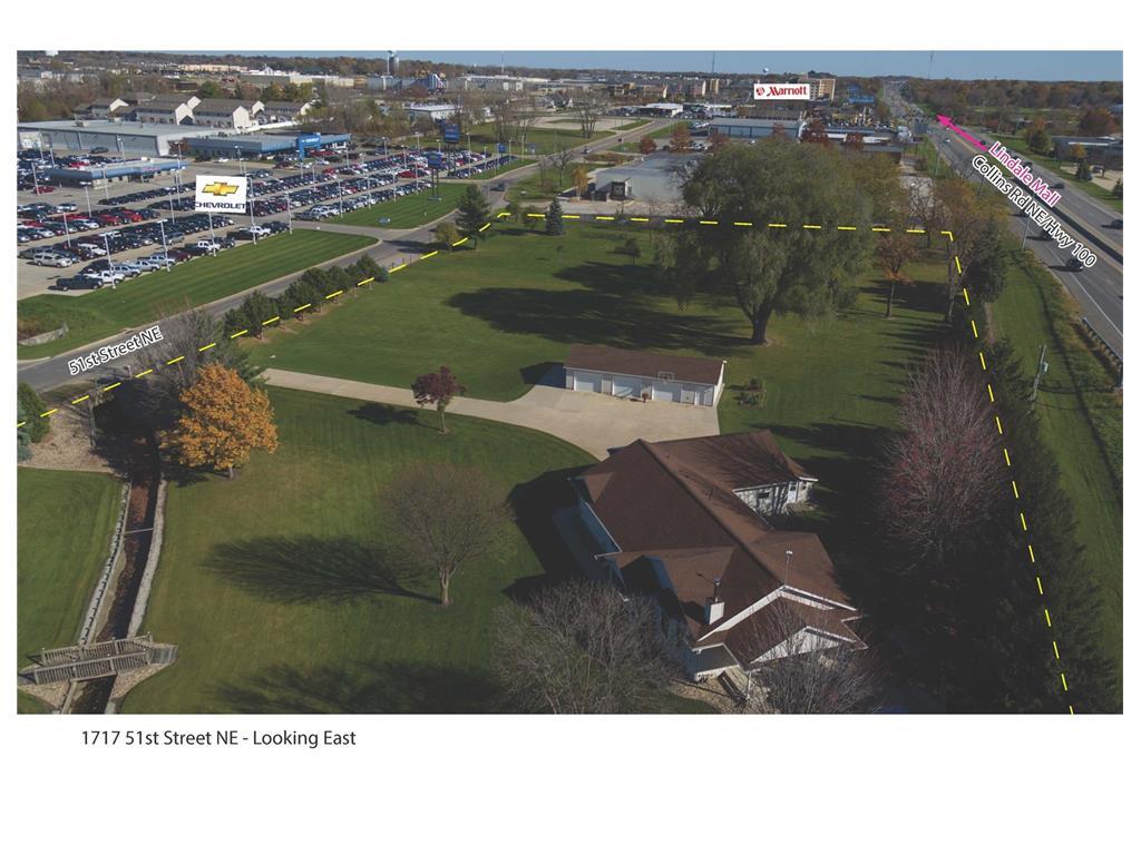 1717 51st Street NE, Cedar Rapids, IA 52402
