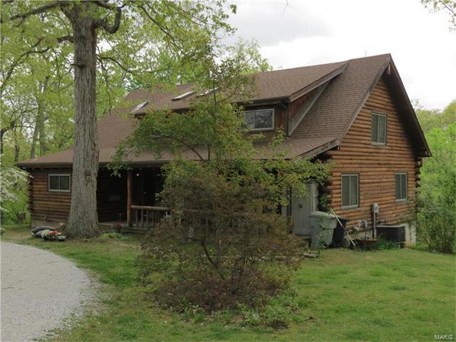 1832 Swaying Oaks Road, Wentzville, MO 63385