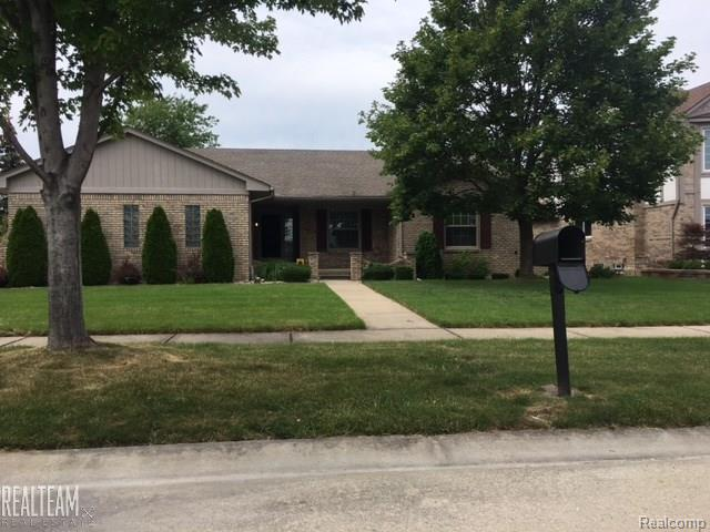 2605 MARLBANK, STERLING HEIGHTS, MI 48310