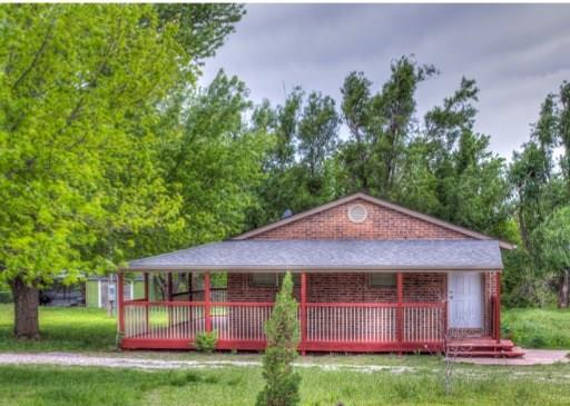3685 Hollow Road, Geary, OK 73040