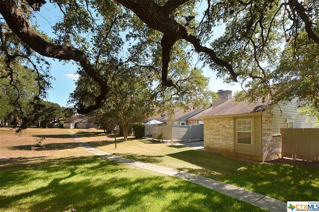 56 Oak Villa, Canyon Lake, TX 78133