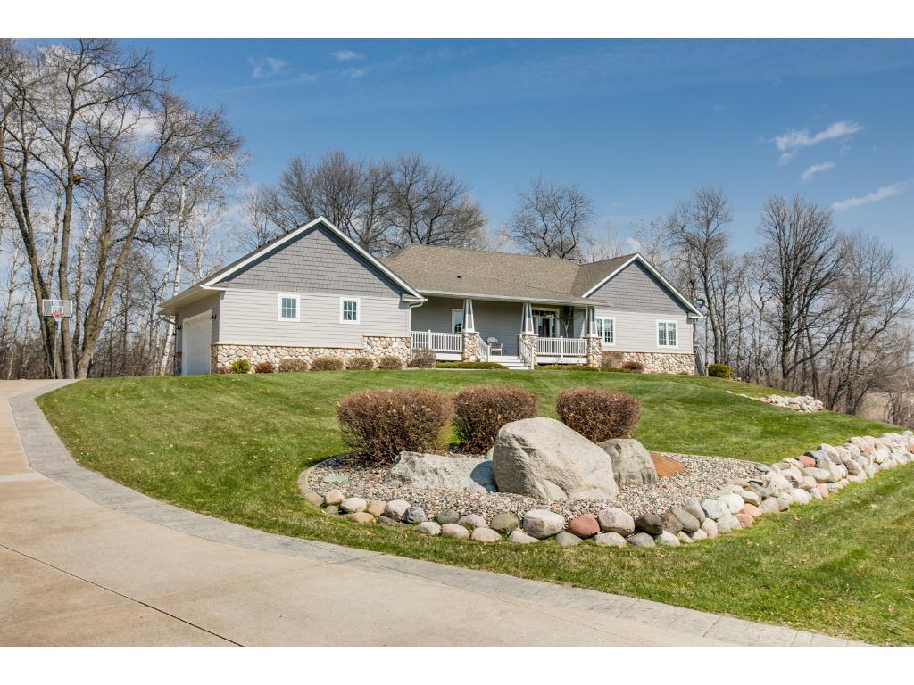 4964 Lily Avenue N, Lake Elmo, MN 55042