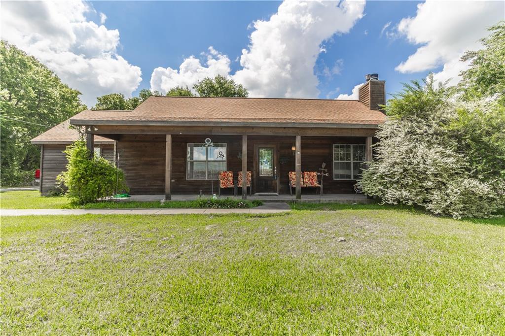 11328 County Road 102, Grandview, TX 76050