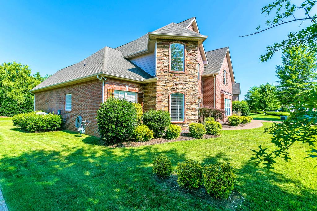 2732 Avington Ct, Murfreesboro, TN 37128
