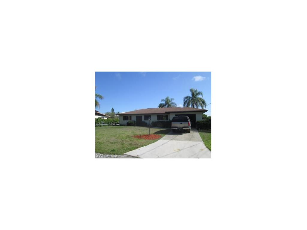 3952 Riviera CIR, BONITA SPRINGS, FL 34134