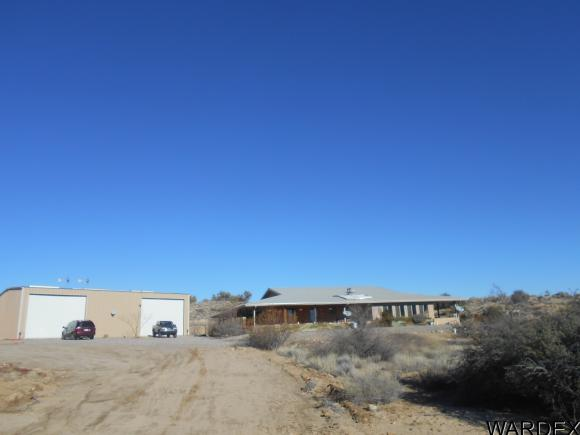 11851 E Living Rock Rd, Kingman, AZ 86401