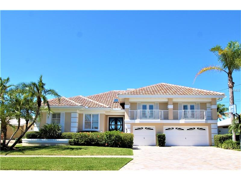400 PALM ISLAND SE, CLEARWATER BEACH, FL 33767