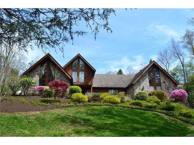 21 Holiday Point Road, Sherman, CT 06784