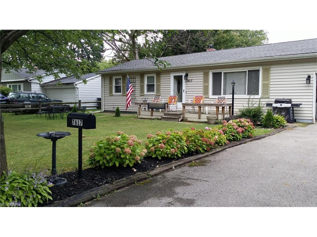 7617 Southland Dr, Mentor-on-the-Lake, OH 44060