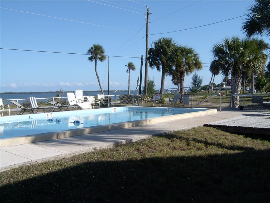 4747 NE Blue Heron Lane, Jensen Beach, FL 34957