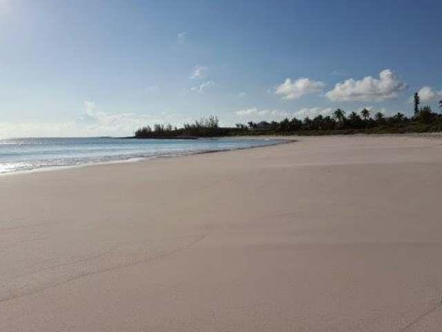 ON SOUTH BEACH, Eleuthera,  00008