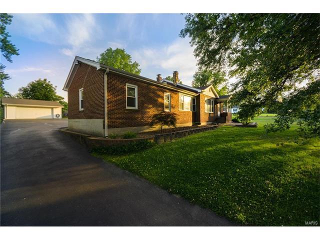 4140 Green Park, St Louis, MO 63125