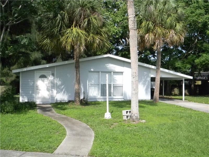 1325 HILLCREST AVENUE NW, PORT CHARLOTTE, FL 33948