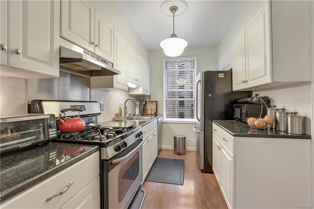 91 W Van Cortlandt Avenue 6G, Bronx, NY 10468