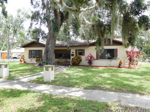 1311 Live Oak St, New Smyrna Beach, FL 32168