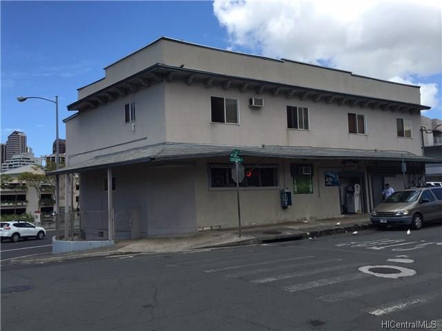 1402 Lusitana Street, Honolulu, HI 96813