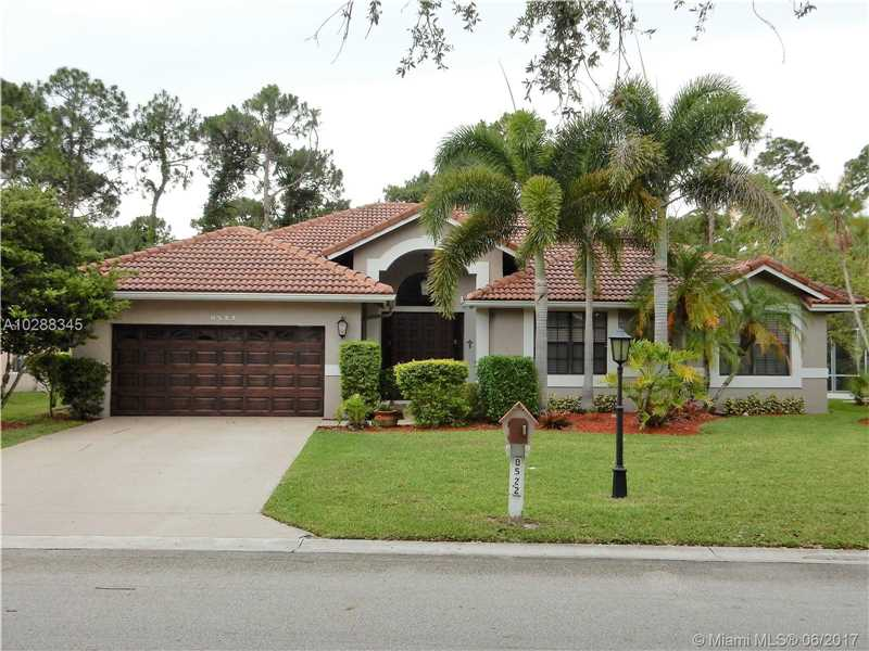 8522 NW 43rd Ct, Coral Springs, FL 33065