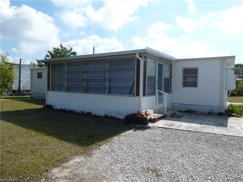 5128 Flamingo DR, ST. JAMES CITY, FL 33956