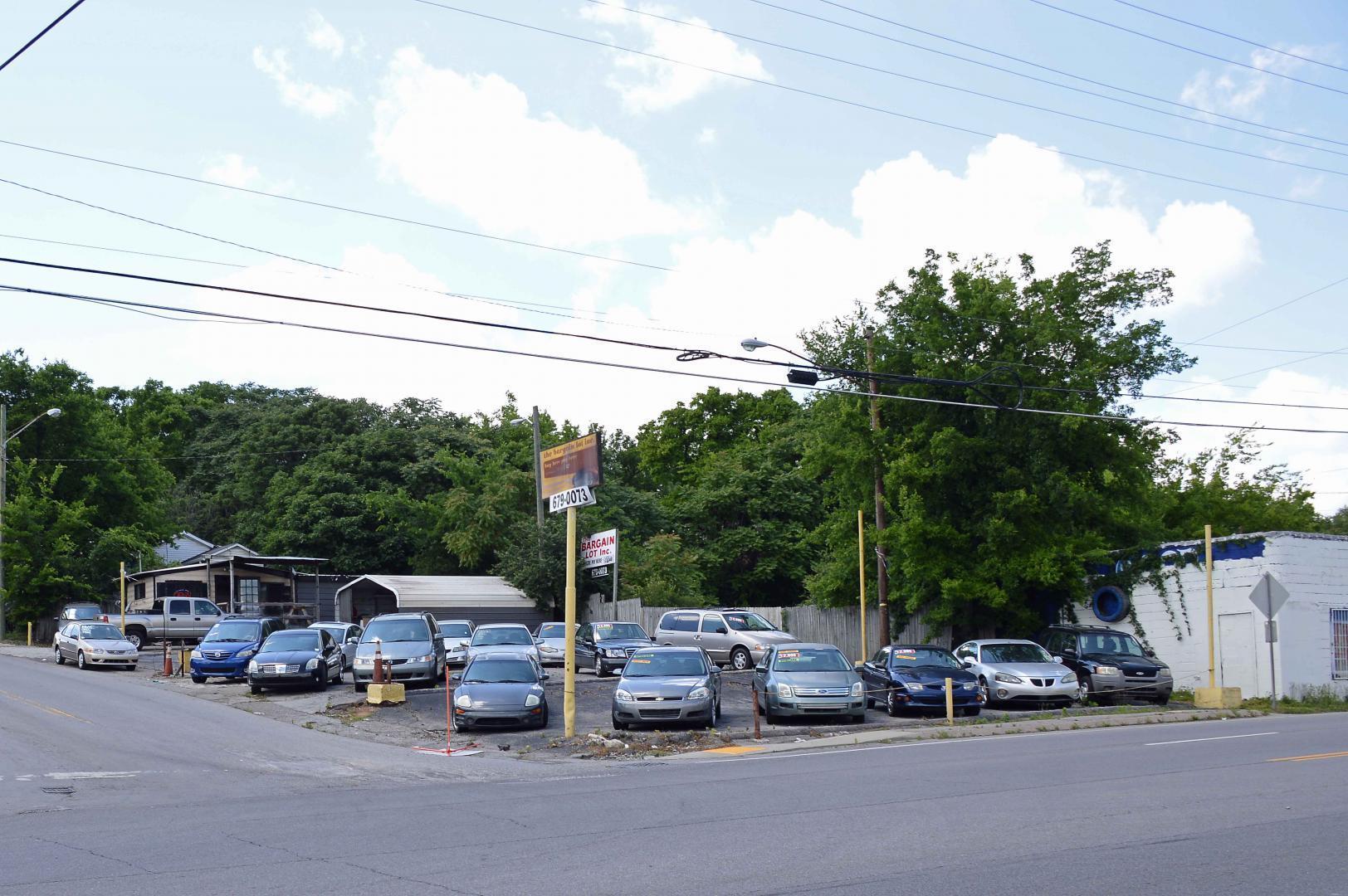 1312 Dickerson Pike, Nashville, TN 37207