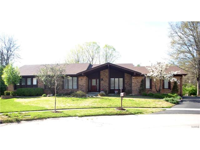 379 Littany Lane, Chesterfield, MO 63017
