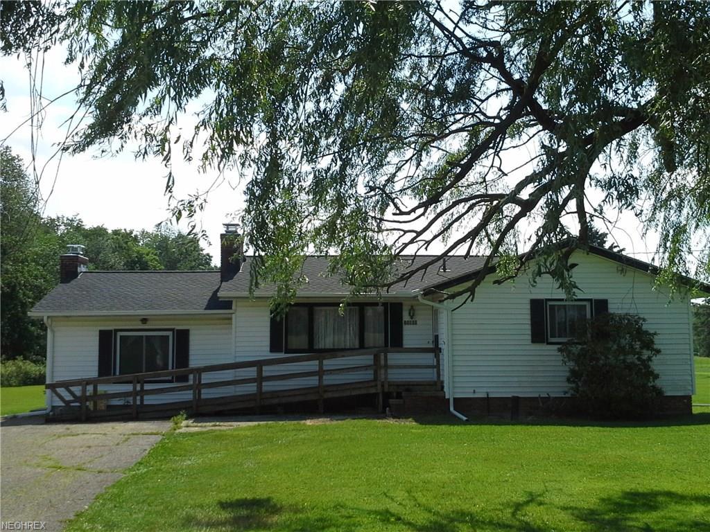 15900 Tavern Rd, Burton, OH 44021