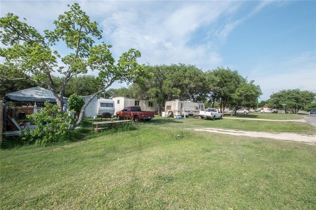 503 N Verne St, Rockport, TX 78382