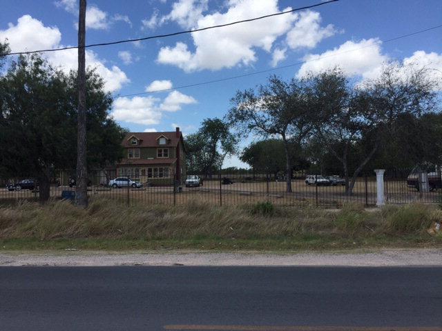 711 N Cesar Chavez Road, San Juan, TX 78589