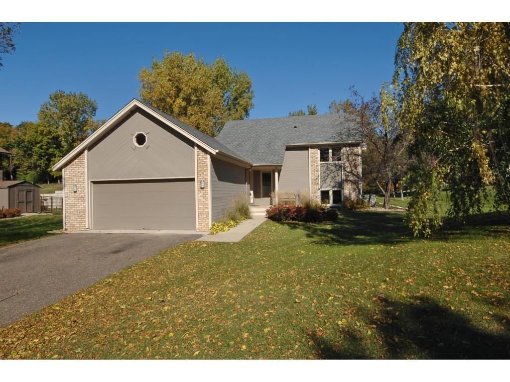 9700 29th Avenue N, Plymouth, MN 55441