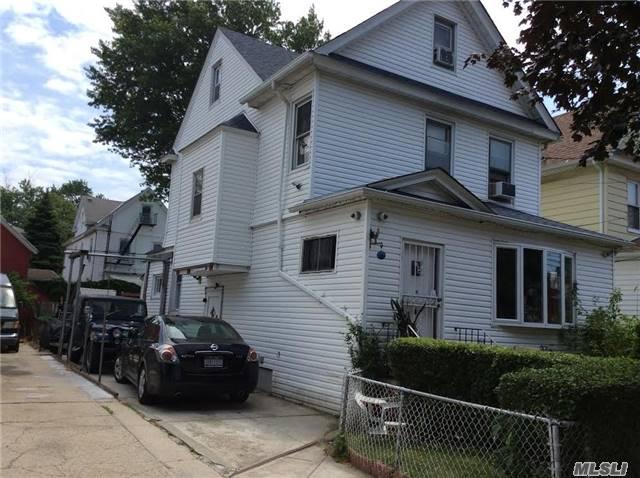 87-31 109th St, Richmond Hill, NY 11418