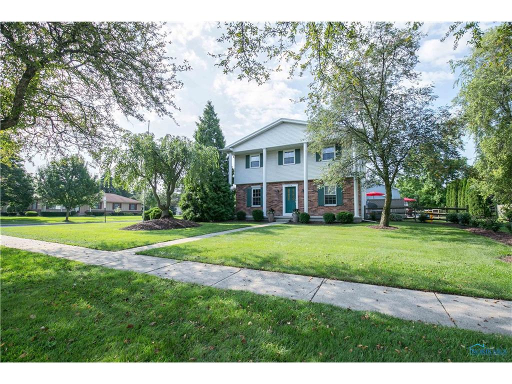 414 Chesterfield Lane, Maumee, OH 43537