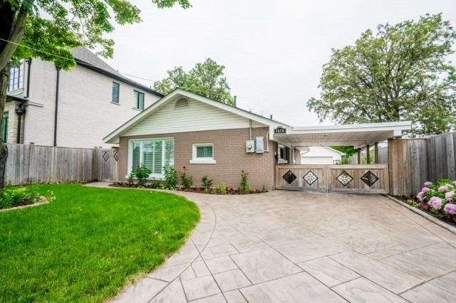 7626 Redstone Rd, Mississauga, ON L4T 2B9