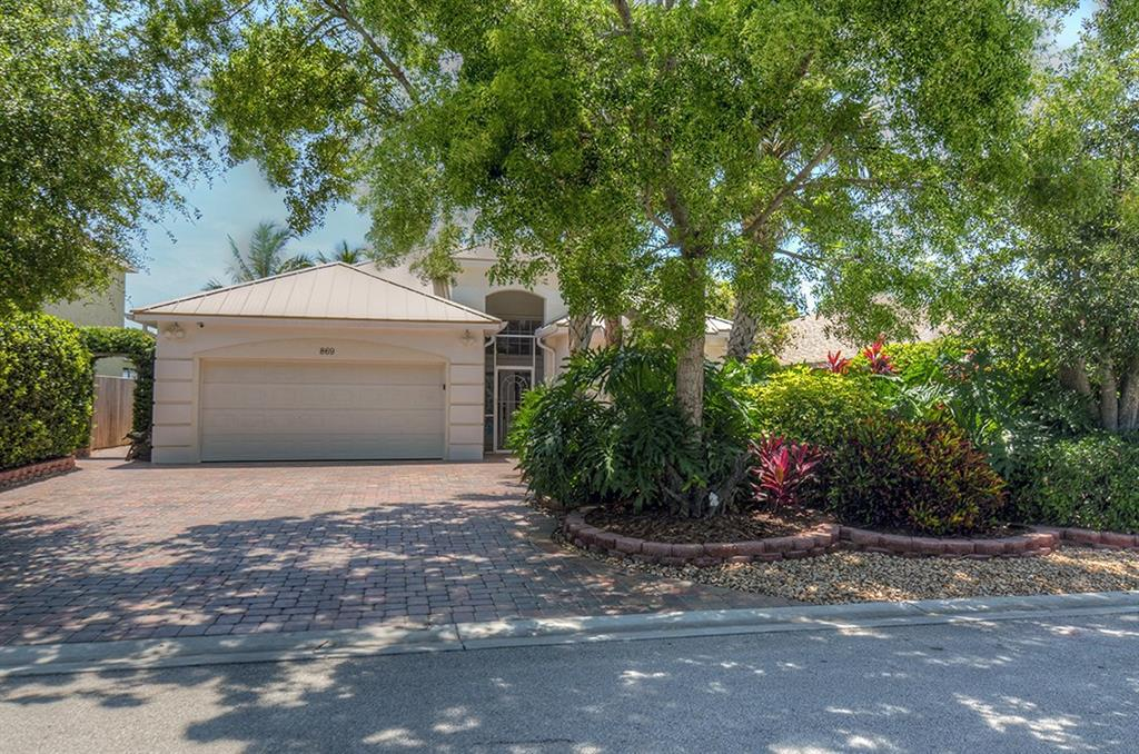 869 NW Waterlily Place, Jensen Beach, FL 34957