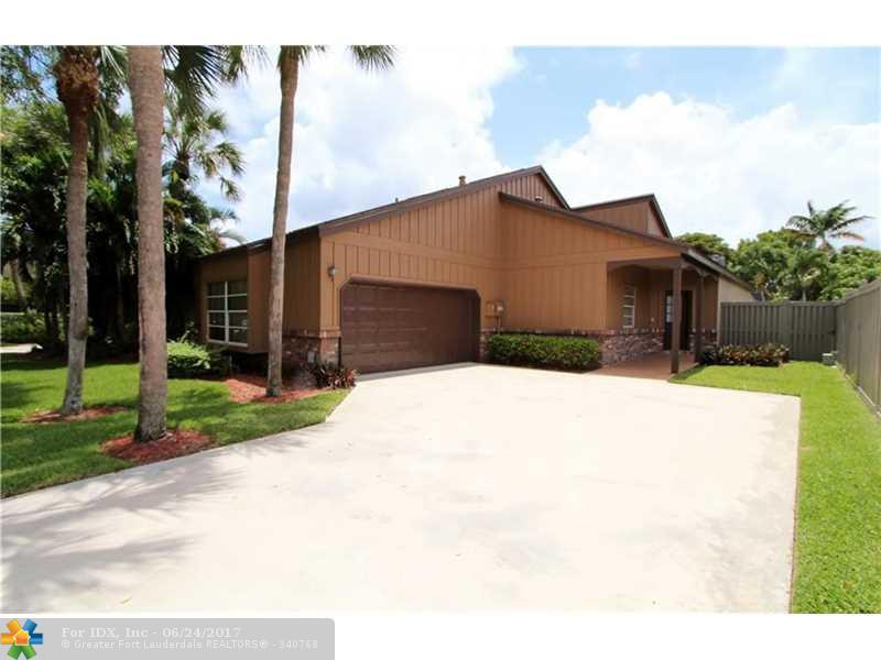 6560 Sutton Ct, Parkland, FL 33067