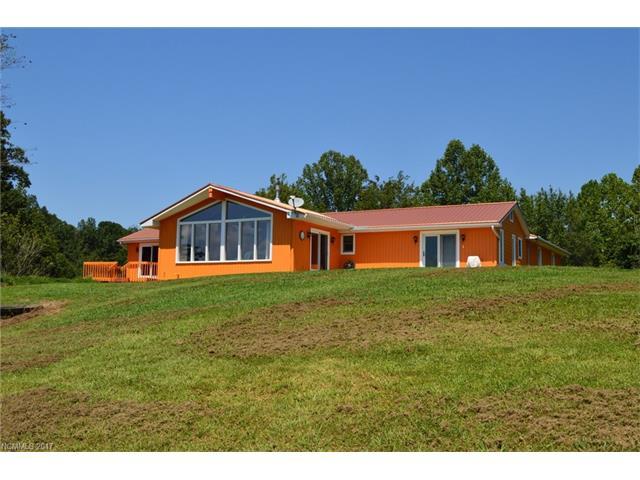 211 Mountain View Heights, Marshall, NC 28753