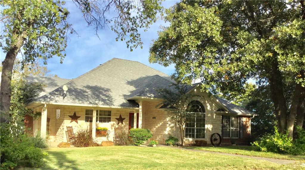 118 Briarwood Trail, Nocona, TX 76255