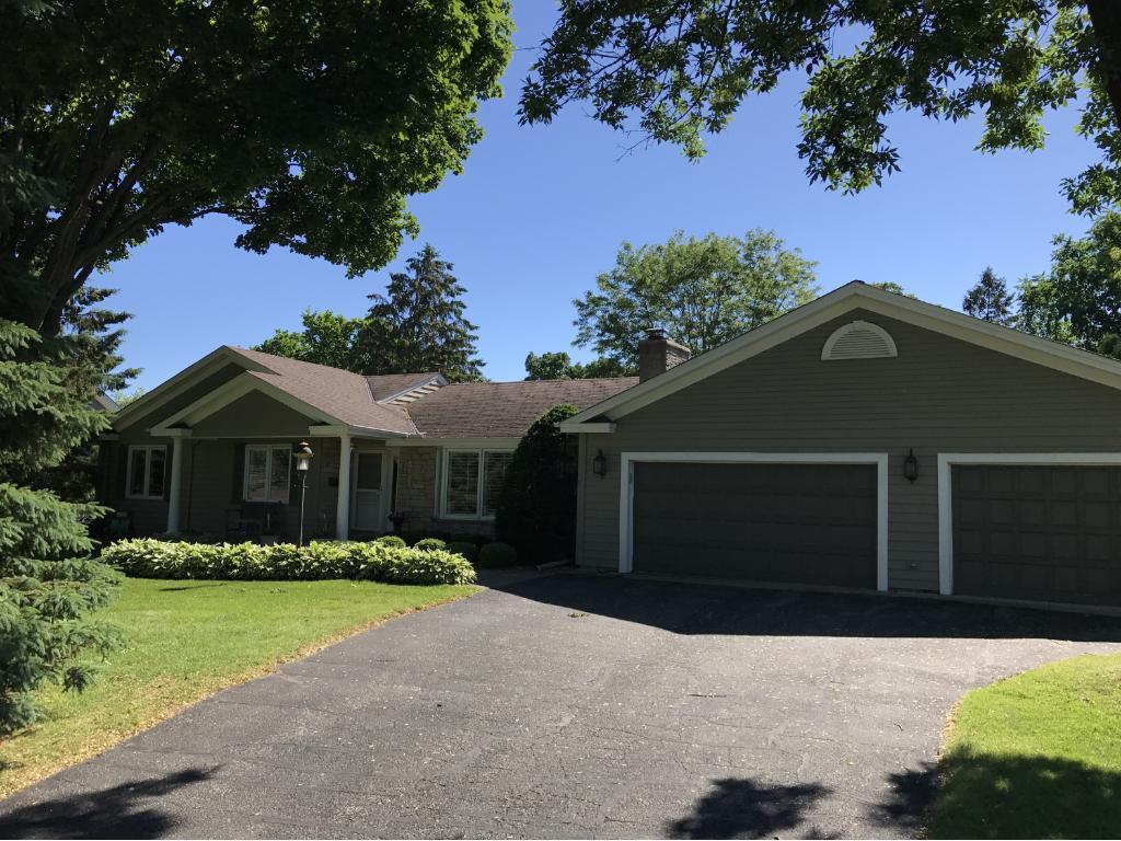 5105 Mirror Lakes Drive, Edina, MN 55436