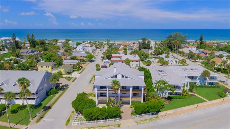 1104 PASS A GRILLE WAY, ST PETE BEACH, FL 33706