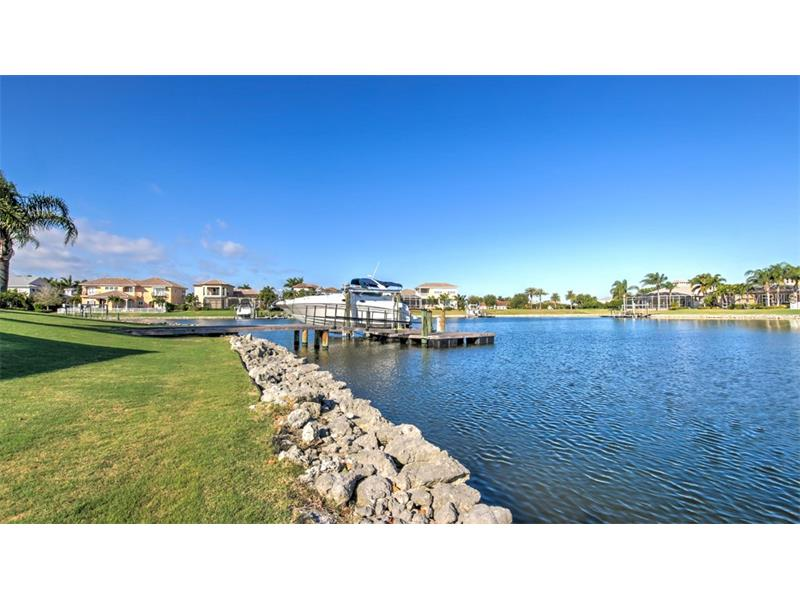 505 BEACON SOUND WAY, APOLLO BEACH, FL 33572